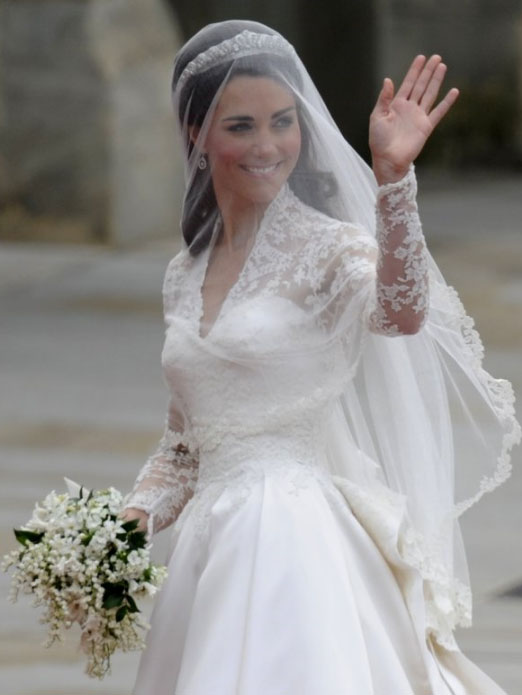 to contribute a piece on this image of Kate Middleton 39s wedding dress